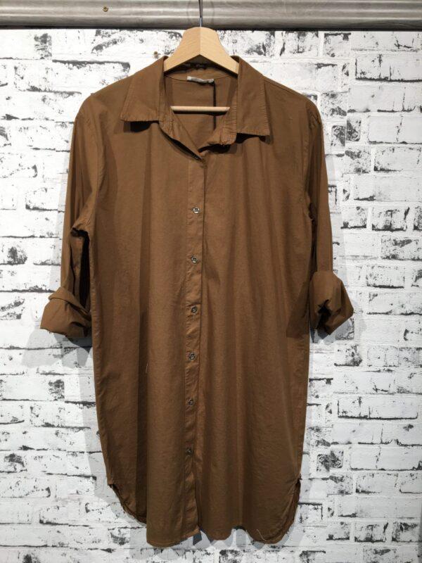 lang skjorte med stretch camel